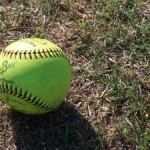 softball-grass-web