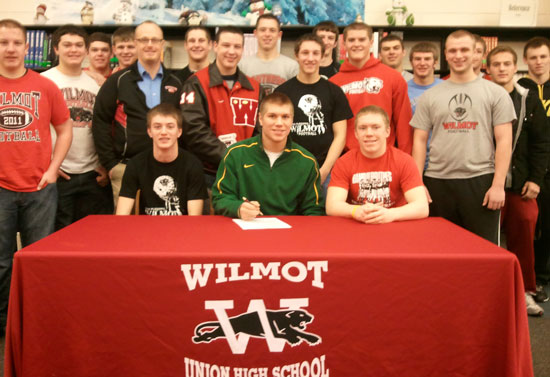 Wilmot Qb Nelson Signs Letter Of Intent To Play At