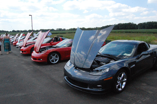 2013-hartnell-corvette-show-13