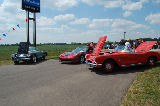 2013-hartnell-corvette-show-3
