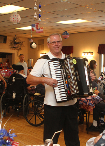 Music was provided by Marv Wunder, who played a variety of tunes as he wandered from table to table. He's from Germantown, American Legion Post 1.