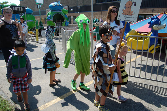 2014-fair-childrens-parade-11