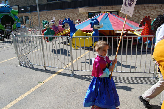 2014-fair-childrens-parade-13