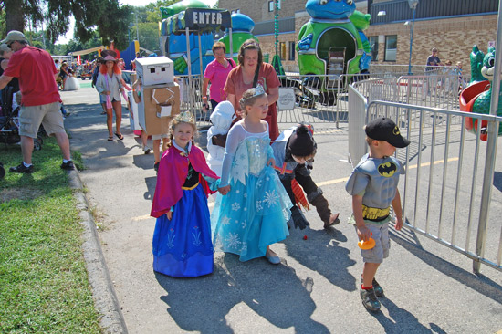 2014-fair-childrens-parade-14