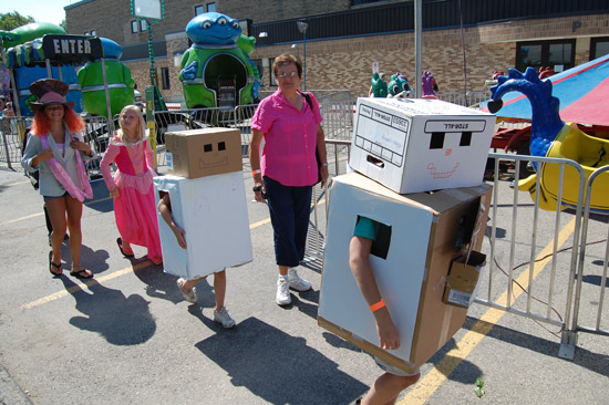 2014-fair-childrens-parade-15