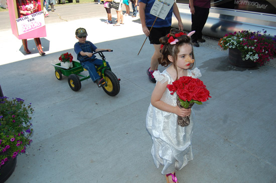 2014-fair-childrens-parade-35