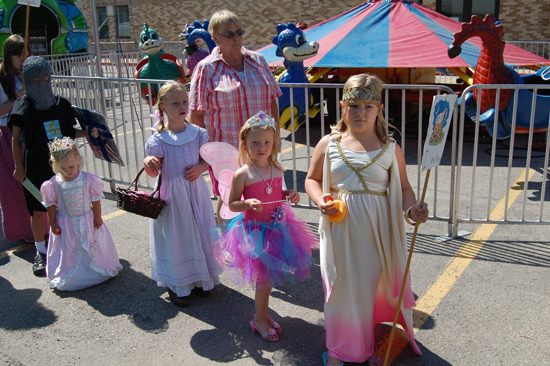 2014-fair-childrens-parade-8