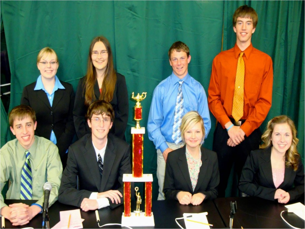 The members of the 2009 Academic Skills team from Wilmot High School.