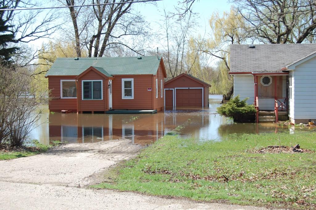 flood1-4-28-09