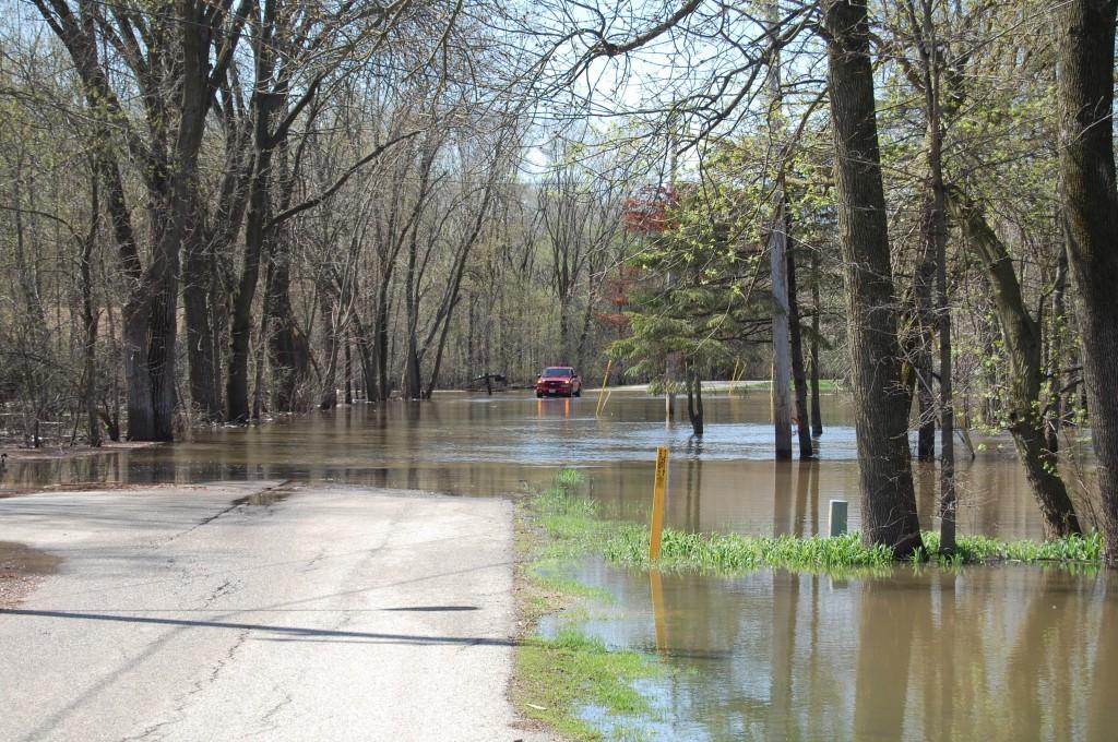 flood2-4-28-09