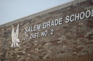 salem-school-bldg-close