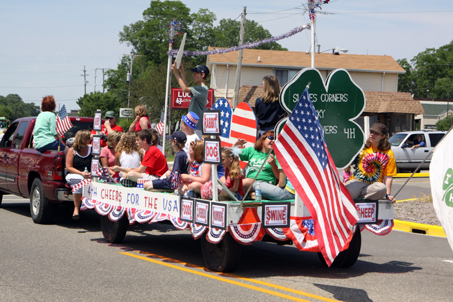 Slades Corners 4-h was decked out in a patriotic theme.