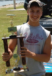 Tyler Saile hooked the only muskie of the day which was netted, but not officially handed. With Tanner Rabelhofer's agreement, he also received a first place trophy for the day.