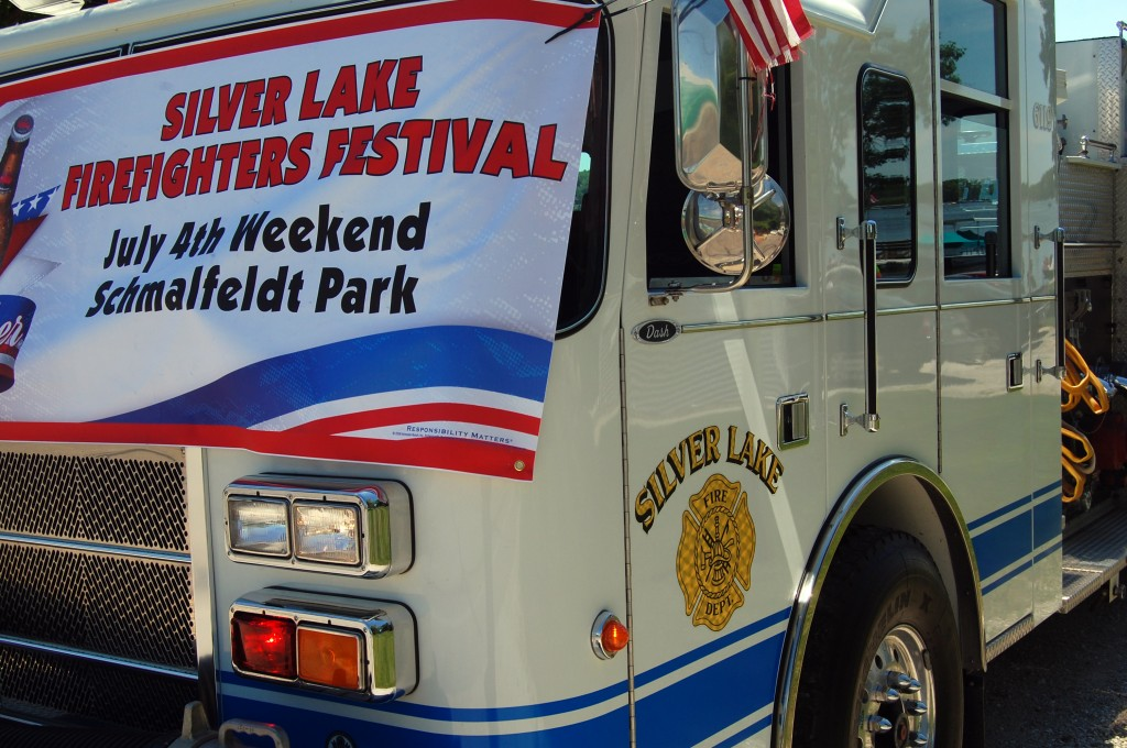 slfd-truck-with-banner
