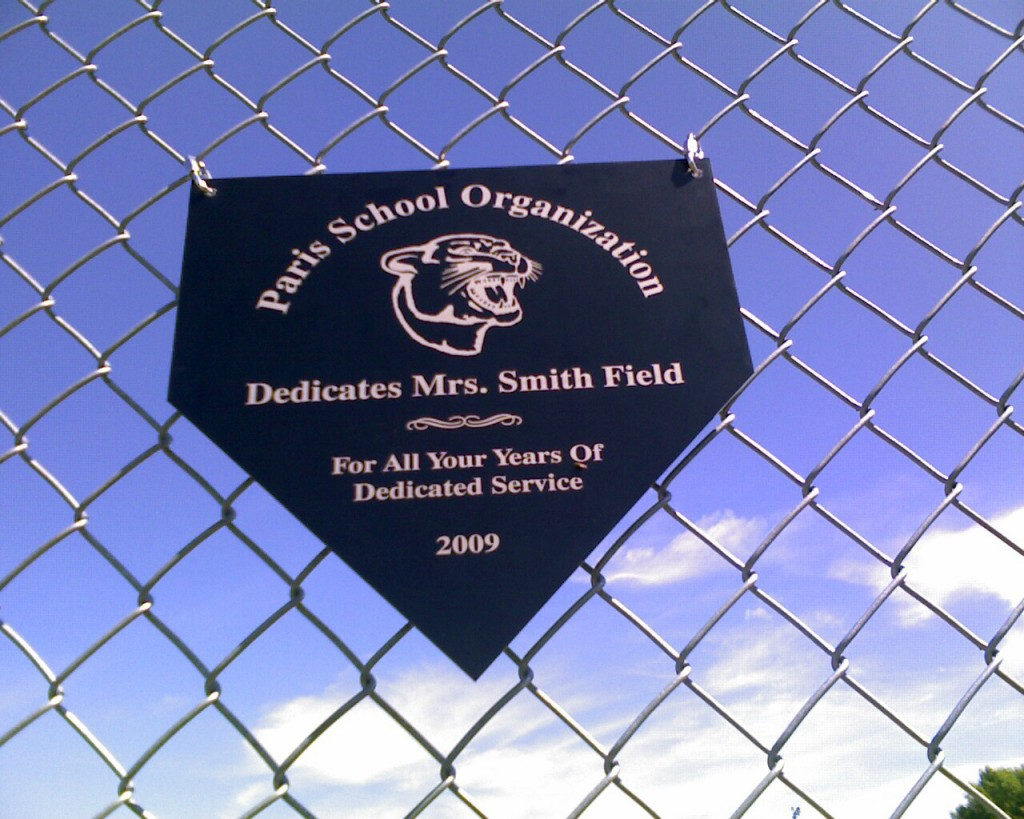 smith-field-sign