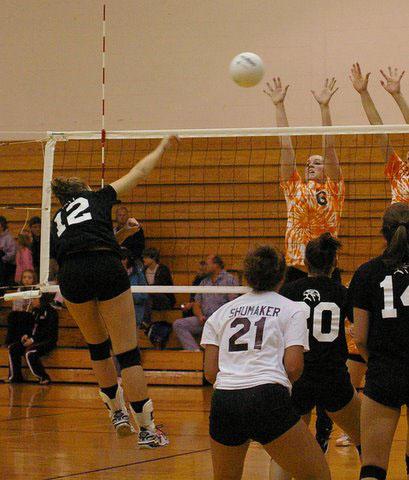 Kaitlin Scheckel hits for a point versus Burlington./Daivd Thoss photo