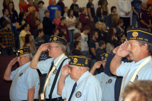 chs-vets-day-salute