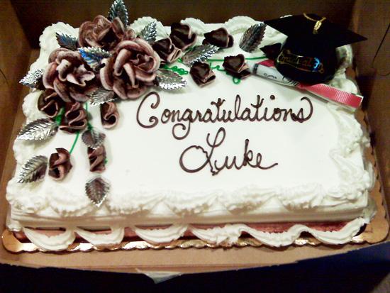 heidi's-grad-cake-1