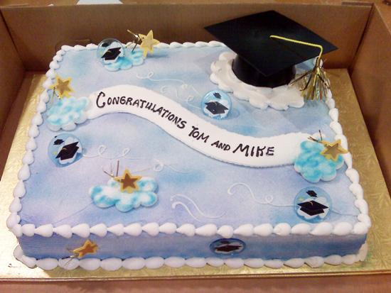 heidi's-grad-cake-2