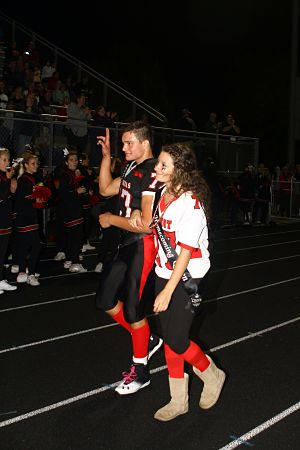 Homecoming king and queen Jordan Cates and Christina Ravenscraft. /Earlene Frederick photo