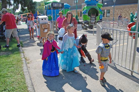 2014-fair-childrens-parade-14
