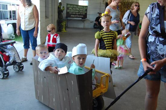 2014-fair-childrens-parade-18