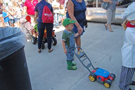 2014-fair-childrens-parade-20
