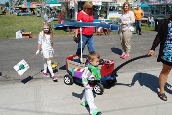 2014-fair-childrens-parade-29