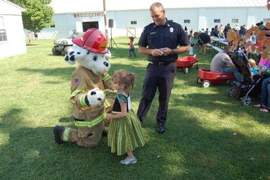 2014-fair-childrens-parade-37