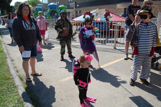 2014-fair-childrens-parade-7
