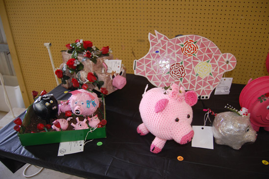 Pigs with roses.