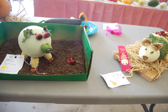 More pigs constructed from vegetables.