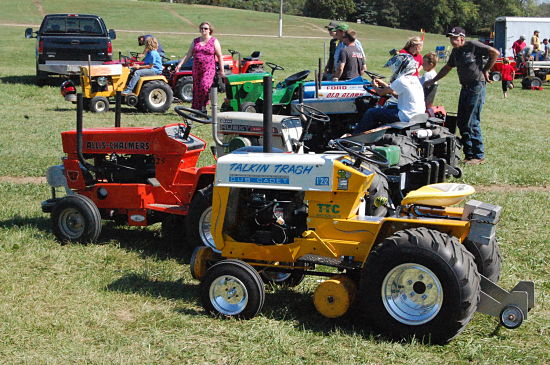 2015 Kenosha County Fair Garden Tractor Pull Coverage Photo