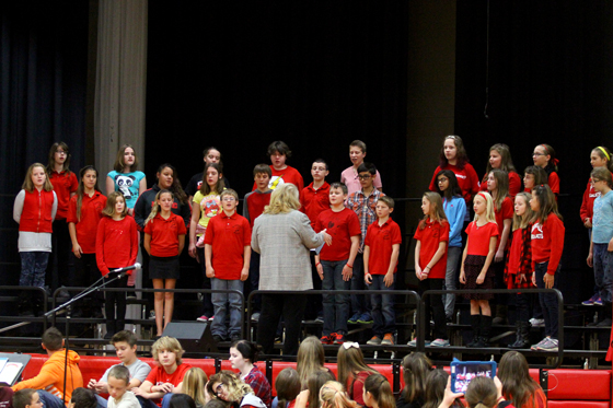 Randall Consolidated School 6th Grade Choir students