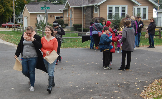 sl-family-fun-walk-and-fall-fest-2015-2