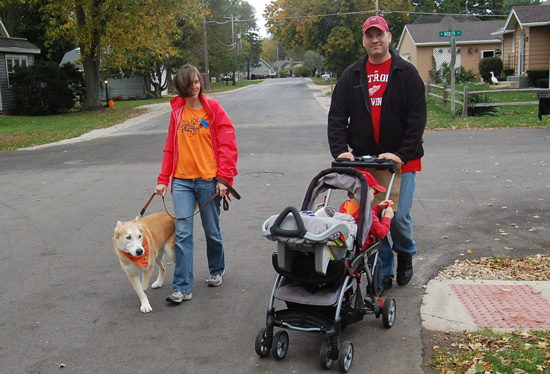 sl-family-fun-walk-and-fall-fest-2015-6